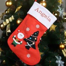 Personalisierter Strumpf mit Nikolaus, Baum und Schneeflocken