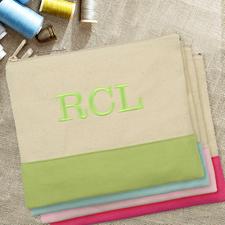 Grüne Personalisierte Kosmetiktasche Bestickt drei Buchtaben 19,1 x 22,9 cm