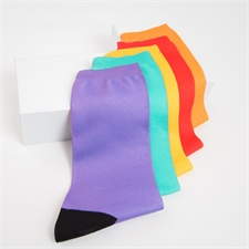 Text gestalten Unisex bunte  Socken, Größe M