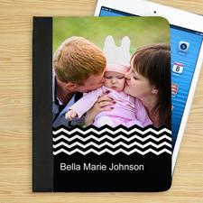 Schwarzes Zickzackmuster iPad Folio Case Personalisieren