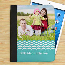 Hellblaues Zickzachmuster iPad Folio Case Personalisieren