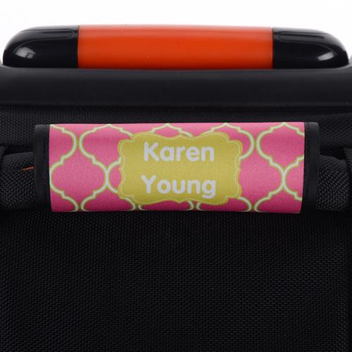 Vierpass Pink Hellgrüner Rahmen Personalisierter Kofferanhänger