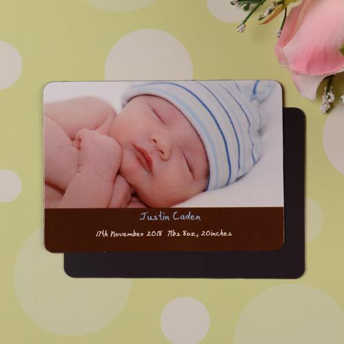 Mensch Mädchen Geburtsanzeige Fotomagnet, Braun