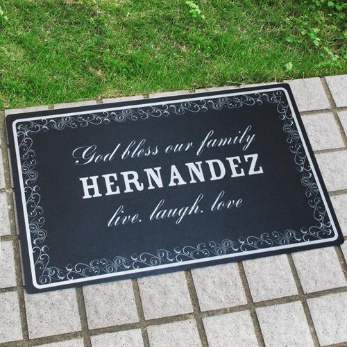 Die Familie zählt immer Personalisierte Fußmatte